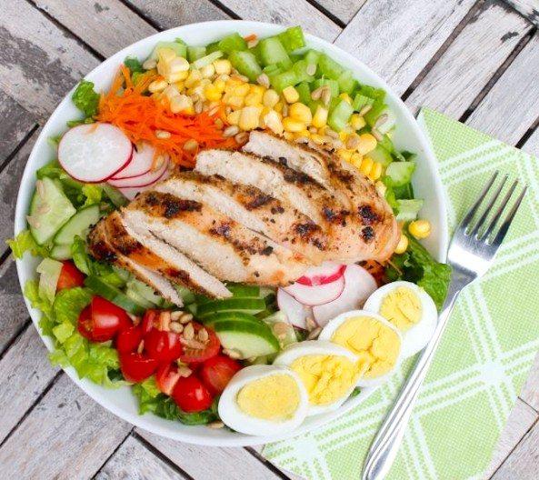 Farmer's Market Chopped Salad - Eat Spin Run Repeat 1