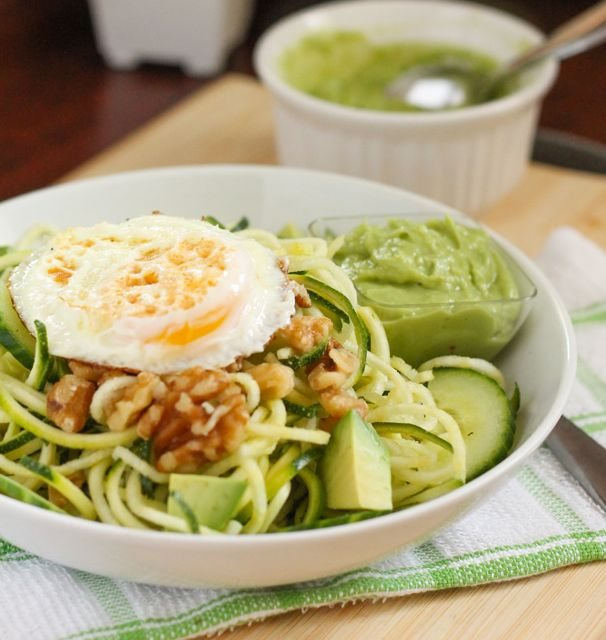 Zucchini Noodle Salad with Creamy Avocado Dressing - Eat Spin Run Repeat 2